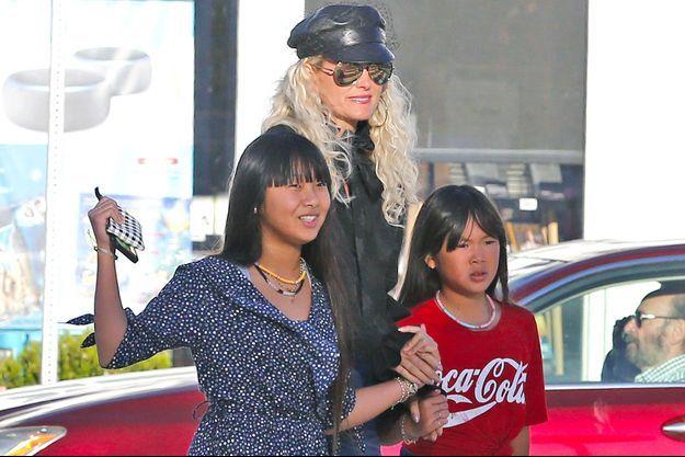 Laeticia Hallyday avec Jade et Joy, décembre 2018