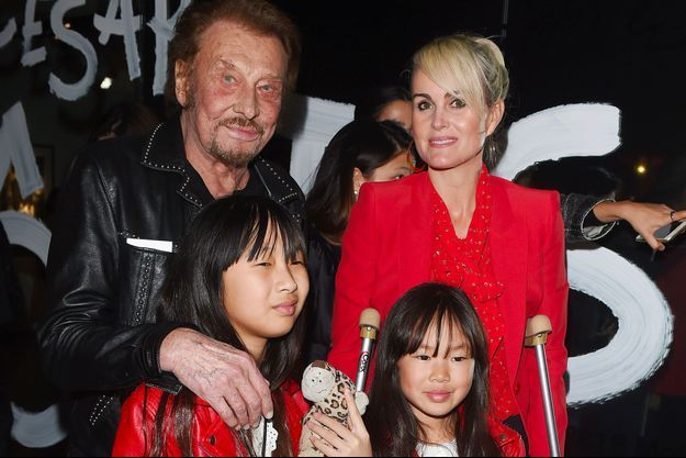 Johnny Hallyday avec Laeticia, Jade et Joy en février 2017