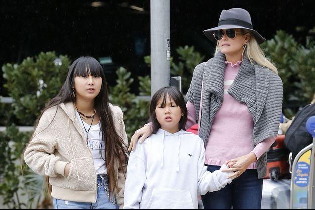 Laeticia Hallyday et ses filles Jade et Joy à Los Angeles le 3 février 2019