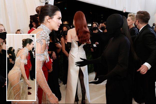 Kendall Jenner et Kim Kardashian au gala du MET le 13 septembre 2021.