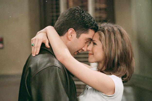 Ross et Rachel, interprétés par David Schwimmer et Jennifer Aniston.