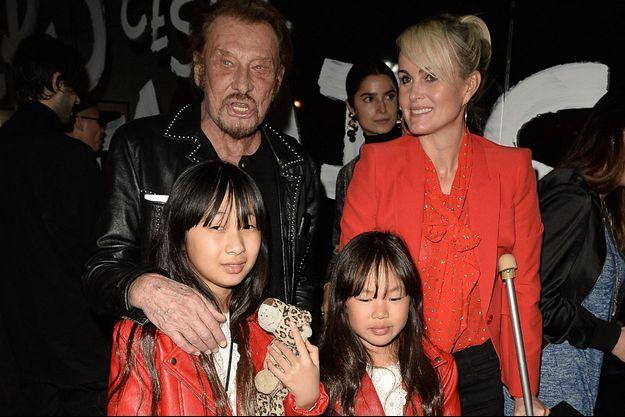 Laeticia, Jade, Joy et Johnny Hallyday à Los Angeles en février 2017.