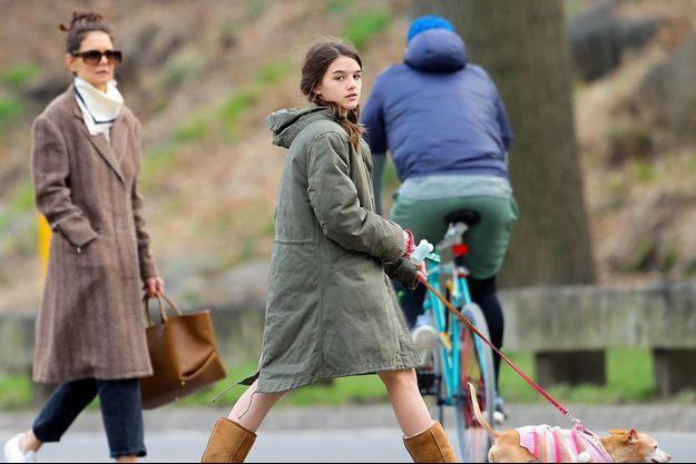 Katie Holmes et sa fille Suri à New York en mars 2020