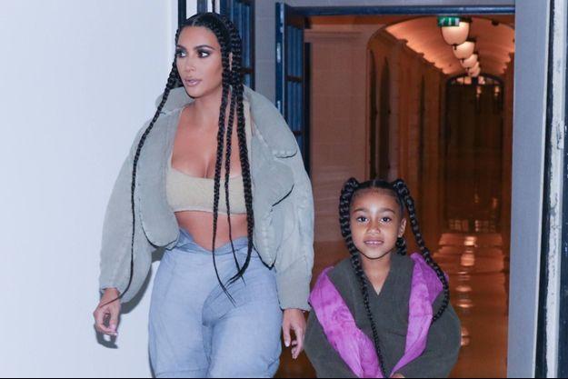 Kim Kardashian et sa fille North en mars 2020