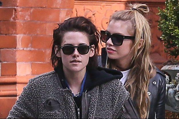 Kristen Stewart et Stella Maxwell en janvier 2017.