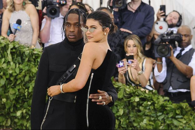 Kylie Jenner et Travis Scott en en 2020 au gala du MET.
