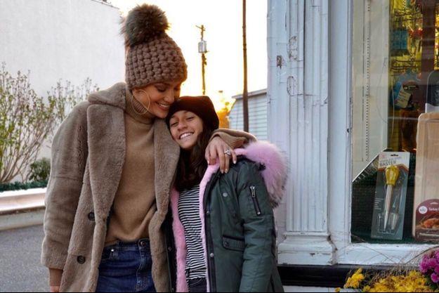 Jennifer Lopez et sa fille Emma en novembre 2019.