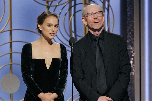 Natalie Portman avec Ron Howard sur la scène des Golden Globes