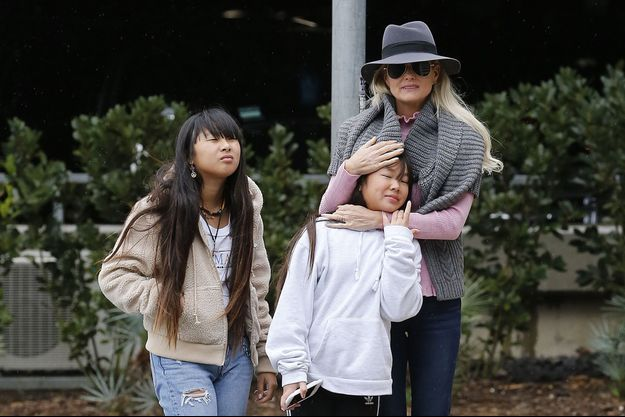 Laeticia Hallyday avec ses filles Jade et Joy à Los Angeles en février 2019