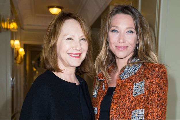 Nathalie Baye et Laura Smet le 12 janvier 2015 à Paris.