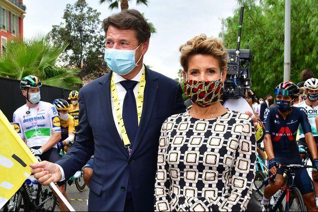 Christian Estrosi et Laura Tenoudji durant le 1er jour du Tour de France 2020 à Nice, le 29 août 2020