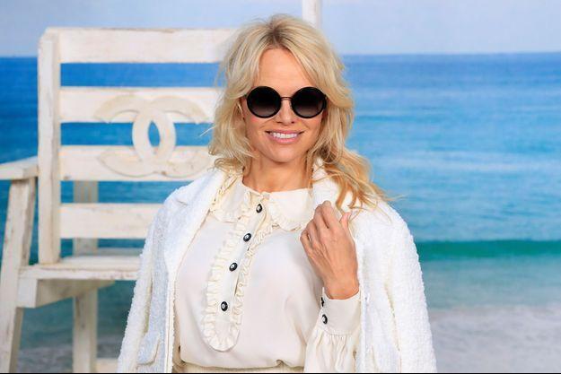 Pamela Anderson au défilé Chanel en octobre 2018