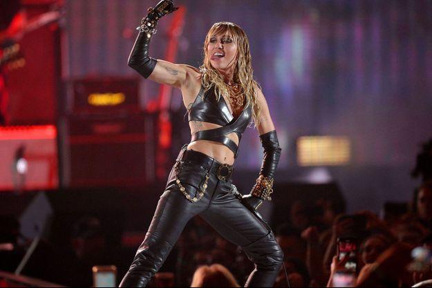Miley Cyrus sur scène à Las Vegas en septembre 2019.