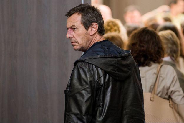 """Jean-Luc Reichmann dans """"Léo Matteï, Brigade des Mineurs"""" sur TF1."""
