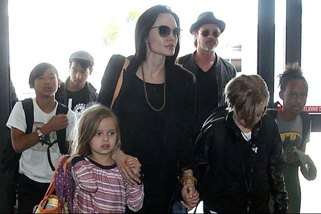 Angelina Jolie, Brad Pitt et leurs enfants en 2015