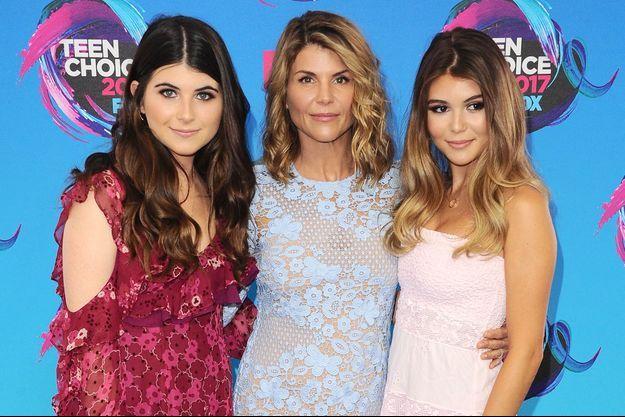 Lori Loughlin avec ses filles Bella et Olivia en 2017