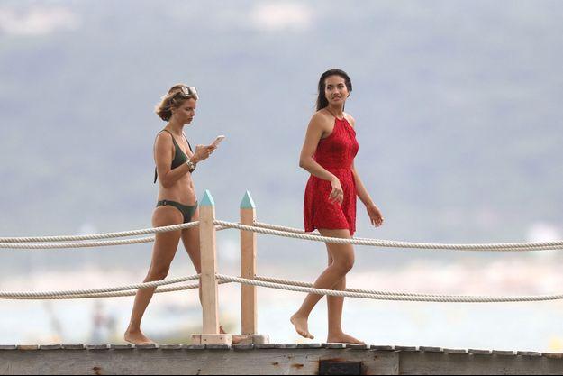 Sylvie Tellier et Vaimalama Chaves à Saint-Tropez en juillet 2019.