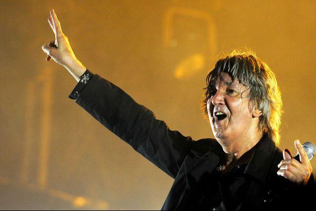 Jacques Higelin en concert pendant les Solidays en 2010.