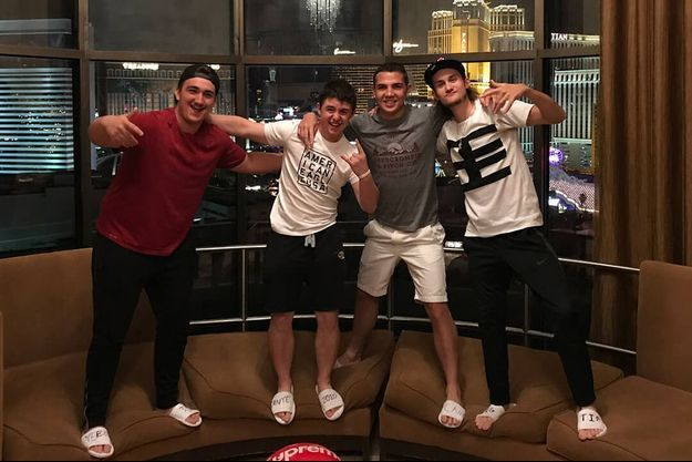 René Charles avec ses amis à Las Vegas.