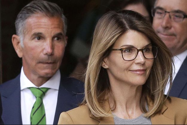 Lori Loughlin et son mari Mossimo Giannulli le 9 avril dernier à Boston