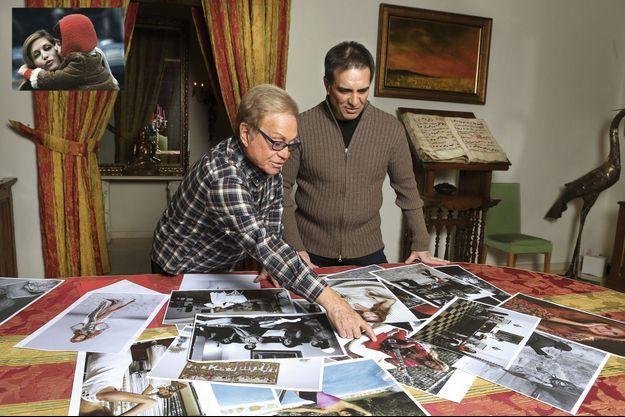 Orlando (à g.) et Luigi devant l'album d'un destin, le 7 janvier à Montmartre.