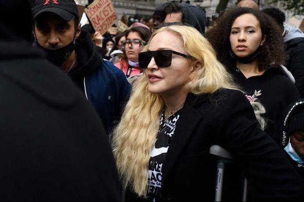 Madonna lors de la manifestation contre le racisme à Londres, le 6 juin.