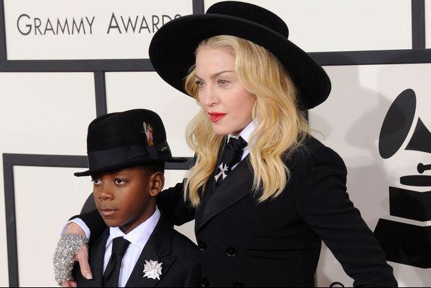Madonna et son fils David Banda à Los Angeles, le 26 janvier 2014.
