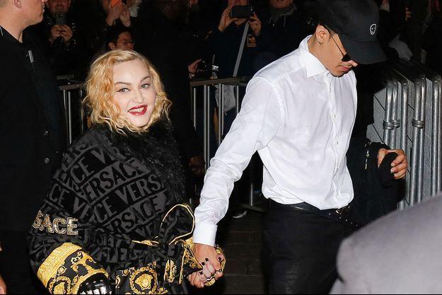 Madonna et son petit ami Ahlamalik Williams à Paris en mars 2020