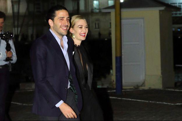 Carlos Torretta et Marta Ortega arrivent au Real Club Náutico, en Corogne, pour le cocktail qui suit leur mariage