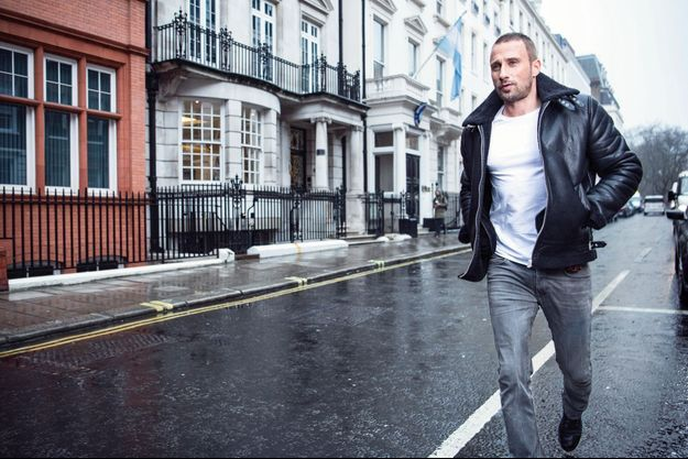 Dans les rues de Londres, le 19 février. « J'ai besoin de bouger, de changer d'univers. Sinon l'ennui me gagne. »