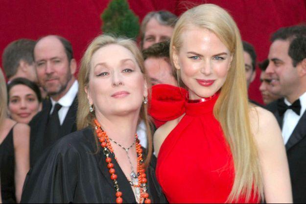 Meryl Streep et Nicole Kidman lors de la cérémonie des Oscars 2007
