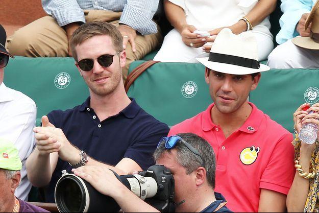 Mika et son compagnon Andy Dermanis à Roland-Garros à Paris le 11 juin 2017.