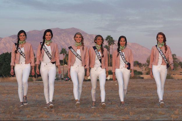 Les six Miss choisies pour faire le tour en montgolfière.