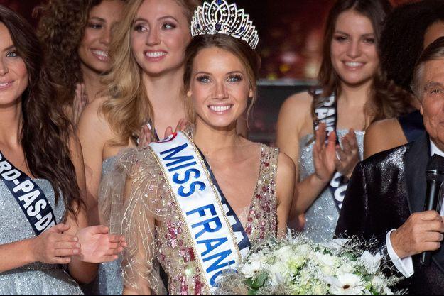 Amandine Petit, sacrée Miss France 2021 le 20 décembre 2020
