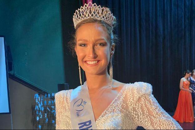 Anaïs Roux, Miss Rhône-Alpes, le soir de son élection le 7 novembre 2020 à Ambérieu-en-Bugey