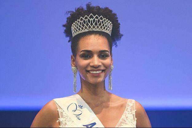 Ambre Andrieu lors de l'élection de Miss Aquitaine le 5 septembre 2021