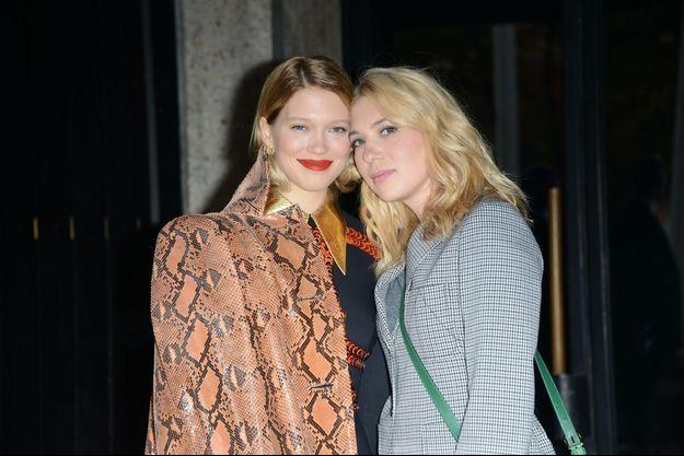 Léa et Camille Seydoux au défilé Miu Miu à Paris, le 7 octobre dernier.