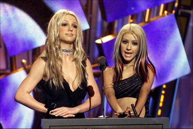Britney Spears et Christina Aguilera en 2000.