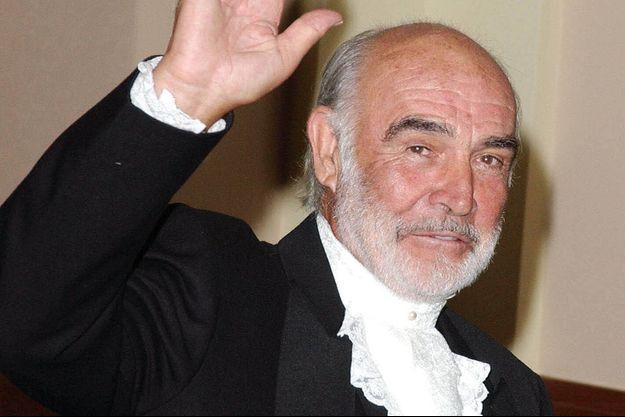 Hommage à Sean Connery Mort-de-Sean-Connery-les-hommages-emus-de-Daniel-Craig-et-des-stars