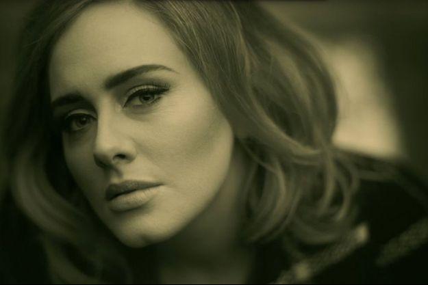 """Adele dans son dernier clip """"Hello""""."""