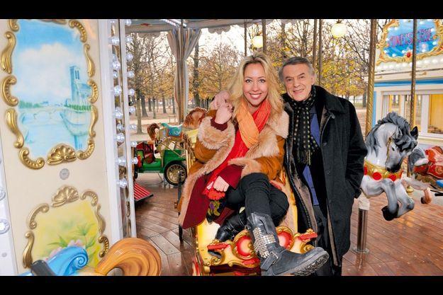 Ils se sont retrouvés, fin novembre, dans le jardin des Tuileries, comme lorsque Amélie était enfant. Elle vivait alors à Paris et son père, de passage dans la capitale, la faisait monter sur le plus beau des attelages.