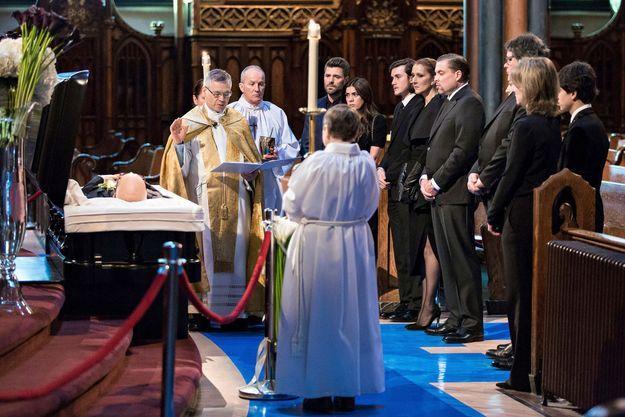 Céline Dion lors de la veillée funèbre René Angélil, dans la basilique Notre-Dame de Montréal, le 21 janvier.