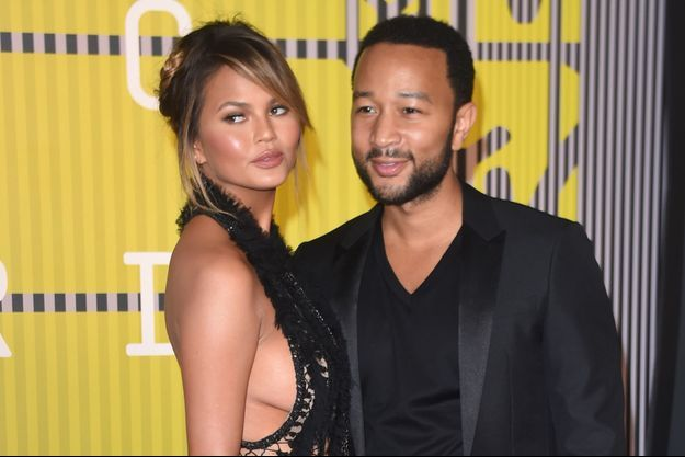 Chrissy Teigen et John Legend aux MTV Video Music Awards le 30 août dernier.