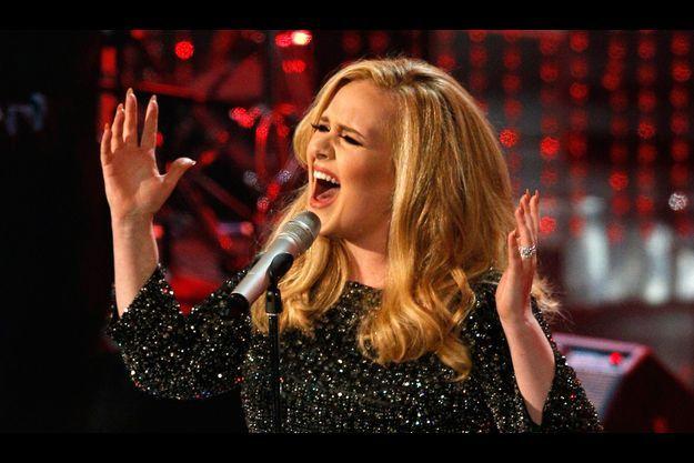 """L'album """"21"""" de la chanteuse Adele s'est écoulé à plus d'un million d'exemplaires en France."""