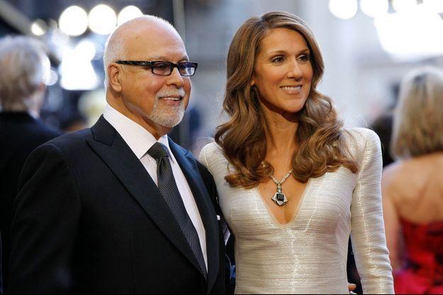 Le 27 février 2011, René Angelil et Céline Dion arrivent aux Oscars.