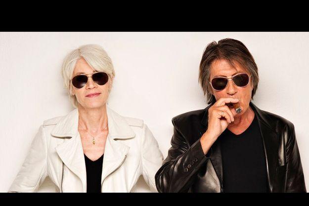 Malgré quarante années de carrière respectives, Françoise et Jacques se sont rarement produits ensemble. Leur unique duo – une reprise de Mireille et Jean Nohain –, « Puisque vous partez en voyage », date de 2000.
