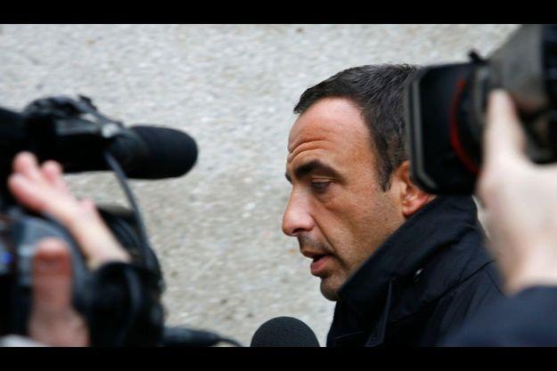 Nikos Aliagas a rassuré les fans du chanteur sur TF1.