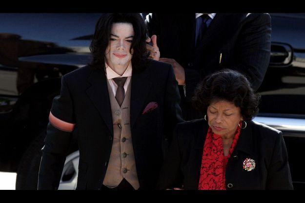 Michael Jackson et sa mère en 2005