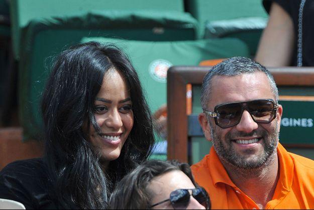 Amel Bent et son compagnon, Patrick Antonelli, en juin 2014.