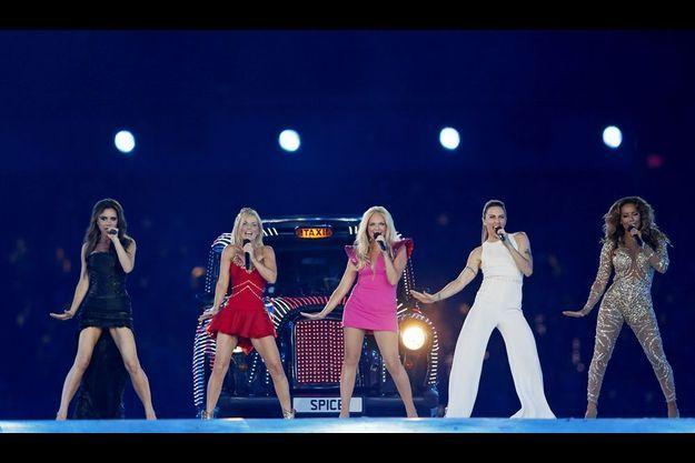 Le concert événement des Spice girls lors de la cérémonie de cloture des Jeux Olympiques de Londres